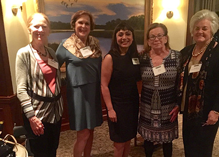 Photo of alumnae at Jacksonville alumnae event