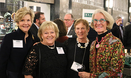 Photo of Hollins alumnae at 1842 Weekend