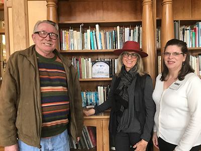 Artemis literary editor Maurice Ferguson, Jeri Rogers, and Beth Harris